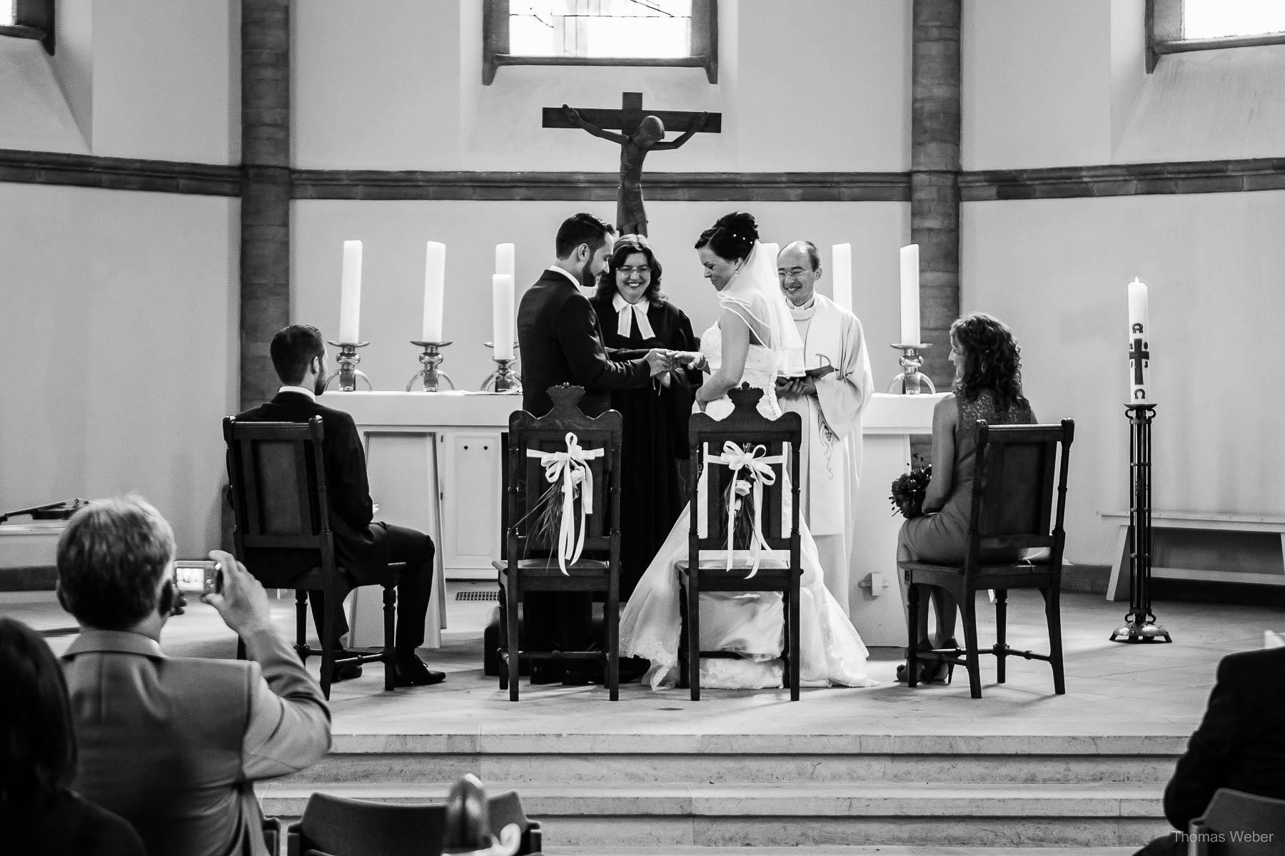 Als Hochzeitsfotograf im Landhaus Etzhorn bei einer fröhlichen Hochzeitsfeier, Hochzeitsfotograf Ostfriesland