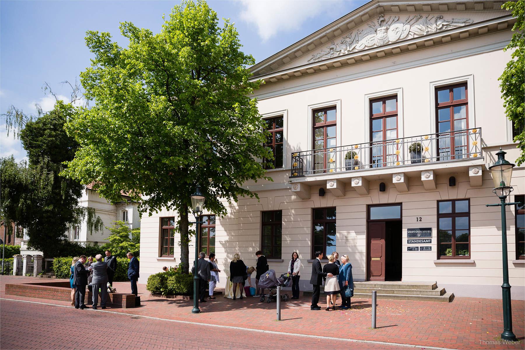 Freie Trauung in der Eventscheune St. Georg in Rastede, Hochzeitsfotograf Ostfriesland