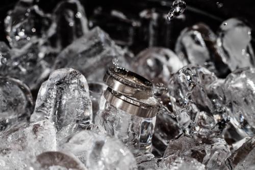 hochzeitsfotograf-hochzeitsfotos-ostfriesland-details-hochzeitsringe-eheringe-0036